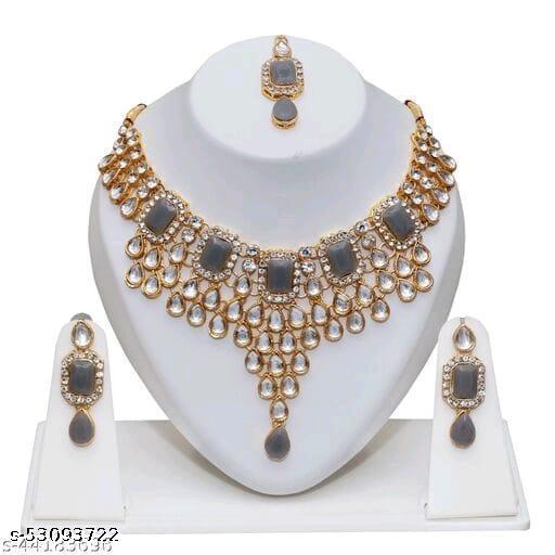 Fancy Crystal Jewellery Set