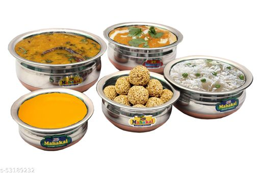 Wonderful Sauce Pots & Handis