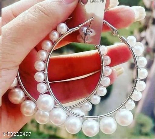 Klenot Single Pearl Hoop Earrings