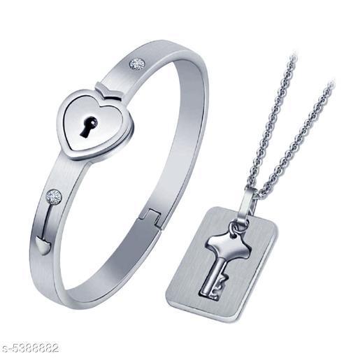 Stylish Men's Silver Aloy Bracelet