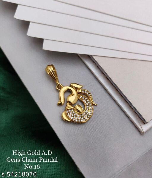 gold plated pendent for men