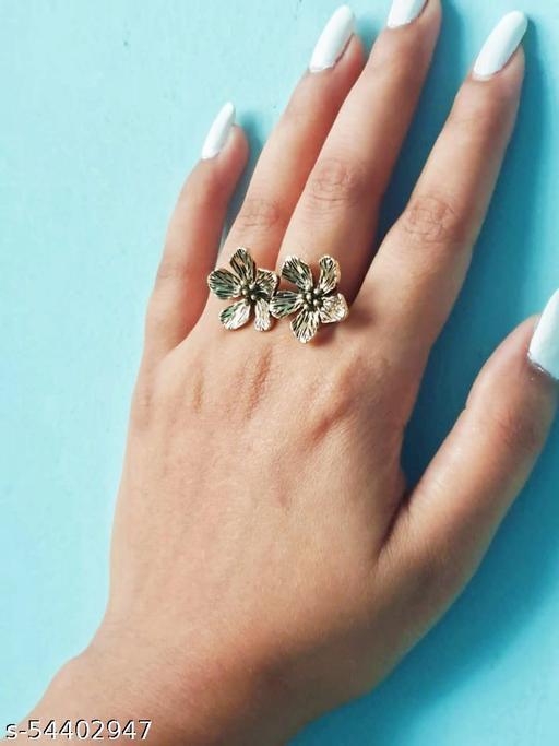 Vintage Flower Ring (Gold plated)