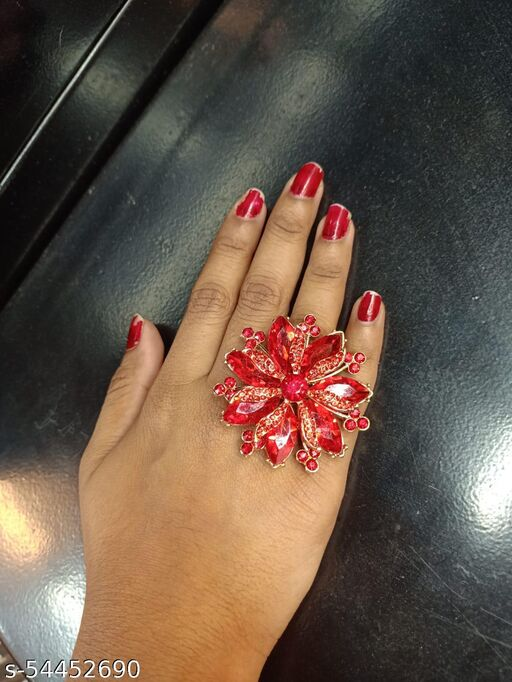 Beautifully Designed Western/Treaditional Ring with Red Rhinestone and Crystal