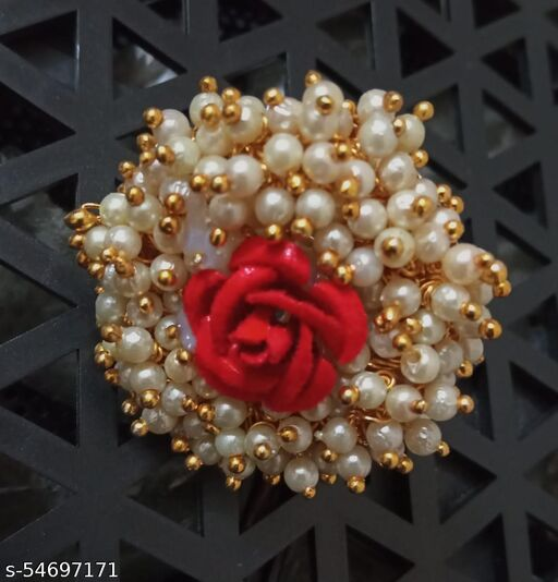 flowers and pearls rings