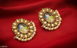 Trendy Temple Pearl And Kundan Earring