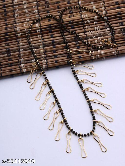 trendy necklaces & chains