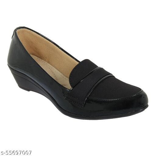 XE Looks Stylish and Comfortable Black Bellies For Women
