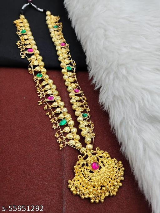 Golden Kolhapuri Saj Necklaces & Chains
