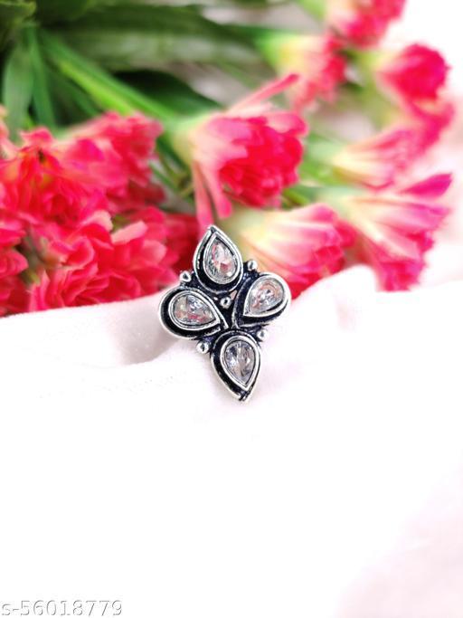 Twinkling Graceful Rings