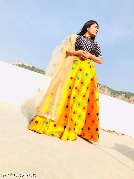 Brocade skirt for women/stliysh brocade skirt for women/long skirt for women/banarasi skirt for women/silk skirt for women