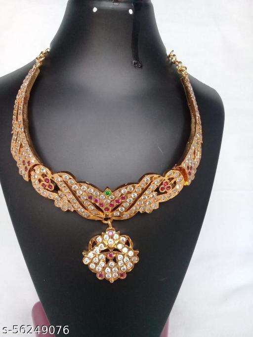 stones stylish necklace