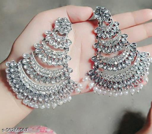 Trendy long earrings