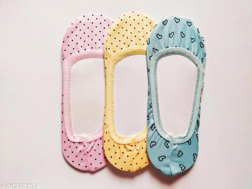 Fashionable Printed Socks For Girls & Women