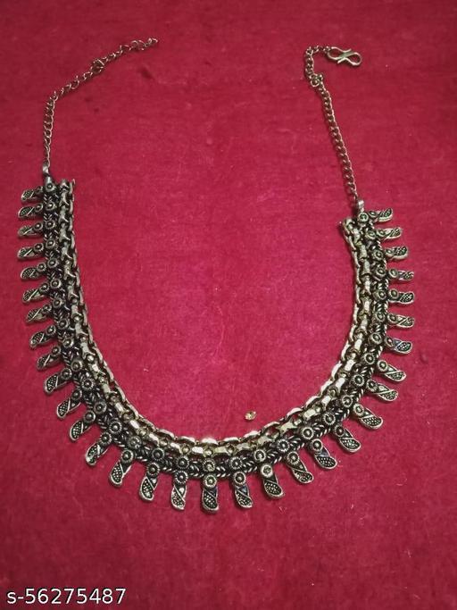 METAL GOLSEN COLUR necklace