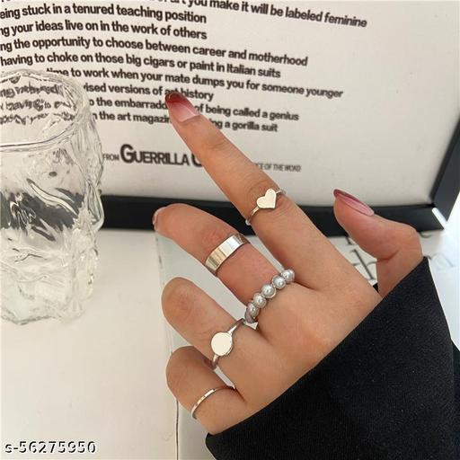 Yu Fashions Pearl Heart Silver Ring Set of 5