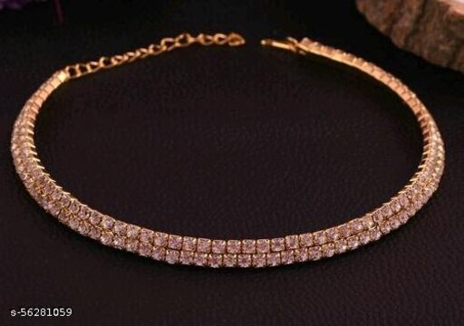 Sizzling Graceful Women Necklaces and Chains