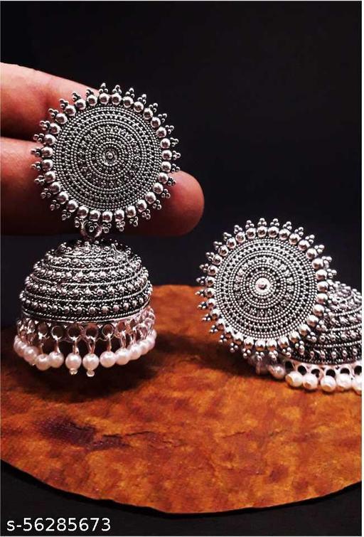 Earrings & Studs