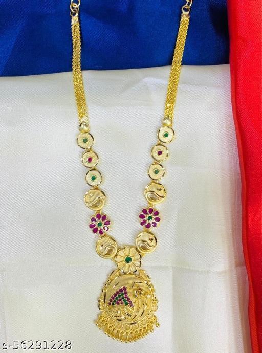 Mogappu pendant floral necklace