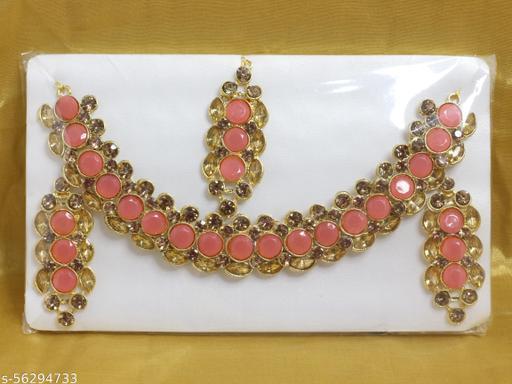 Necklace Set with Maangtika