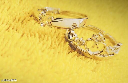classical couple ring in queen symbol