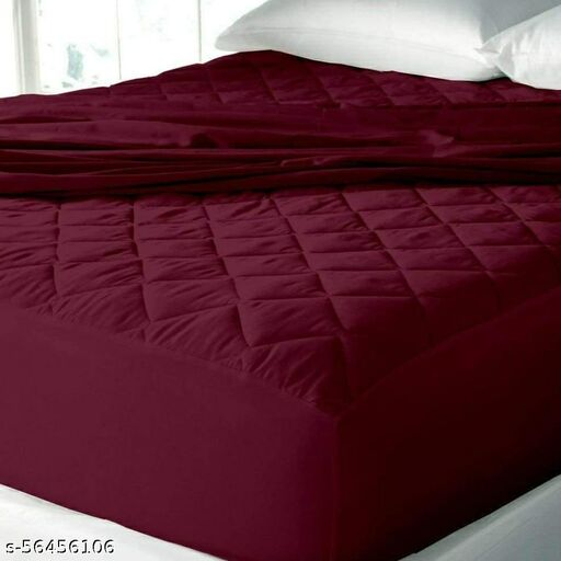 FITTED AND QUILTED HEAVY QUALITY MATTRESS PROTECTOR