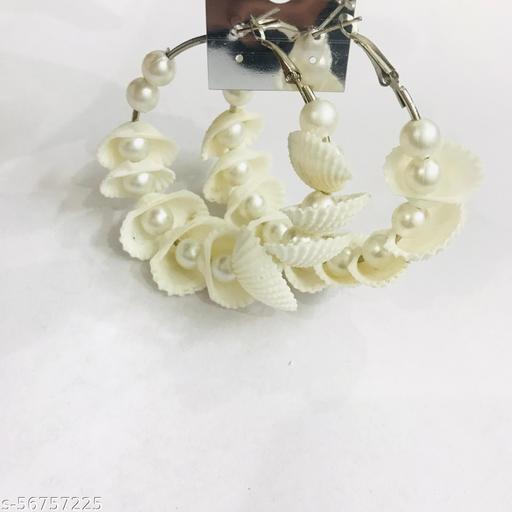 Natural white sea shell(kodi) hoop earrings