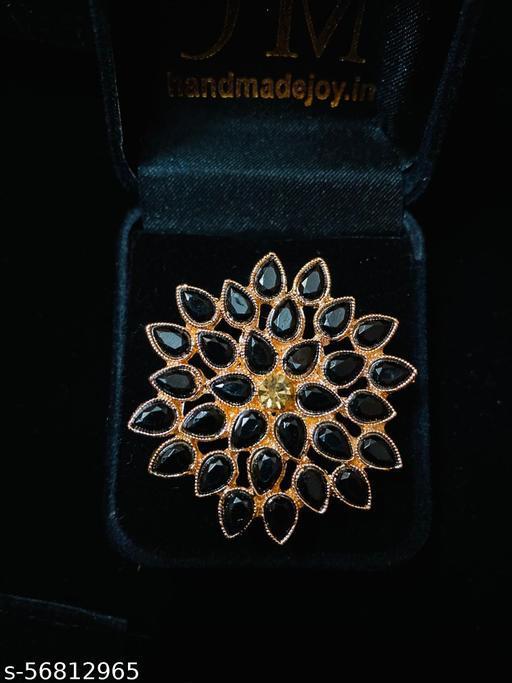 stylish finger ring