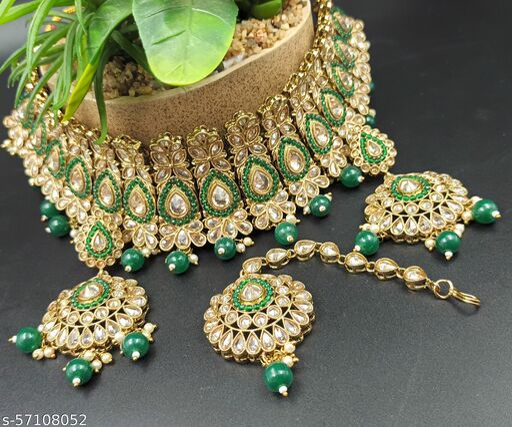 Prince Woman Necklacess With Earing & maangtika
