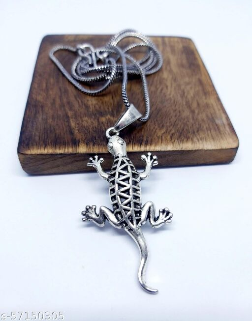 """REAL ART JEWELRY Silver Oxidized """"Lizard"""" Pendent with Chain"""