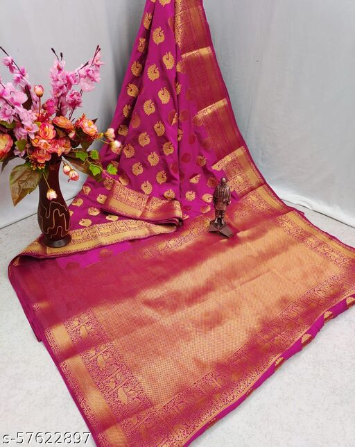 new lonching collections designs saree