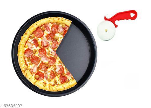 Pizza Pan & Pizza Cutter Baking Set.