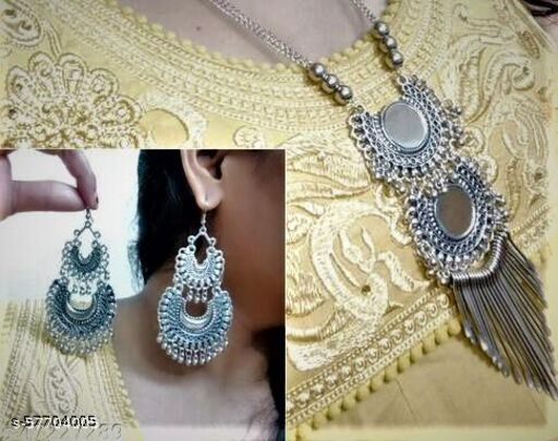 STYLISH MULTILAYERED MIRROR NECKLACE WITH EARRINGS