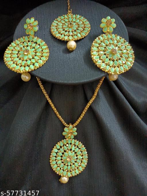 Ethnic Wedding Bridal Maang Tikka Tika Jewellery for Women and Girls (Green)