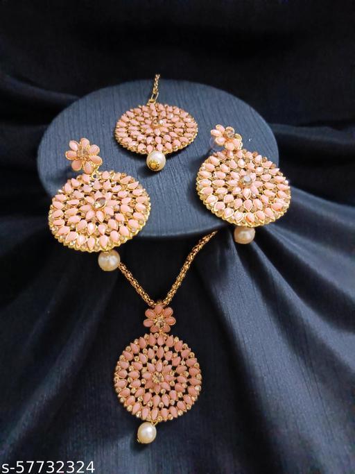 Ethnic Wedding Pendant Jewellery set for Women and Girls (Peach)