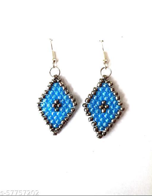 Fancy diamond shaped earings
