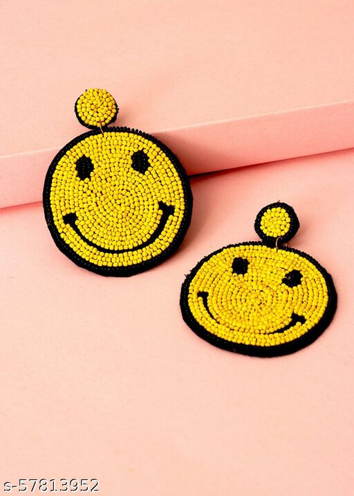 Smiley face Handcrafted earring Made of Beads