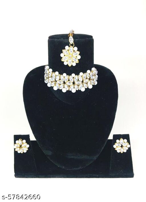 CHICK SET WITH EARRINGS