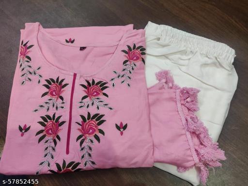 Charvi Petite Women Kurta Sets