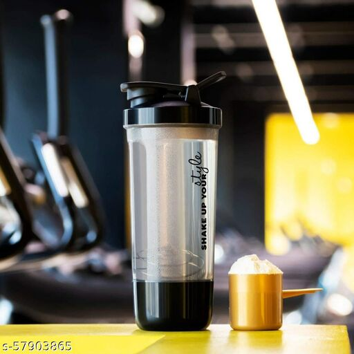 100% Leak Proof BPA Free Gym Shaker Pro Cyclone Shaker 600ml with Storage Compartment and Stainless Steel Blender Ball, Ideal for Protein, Preworkout and BCAAs (Black-Plastic)