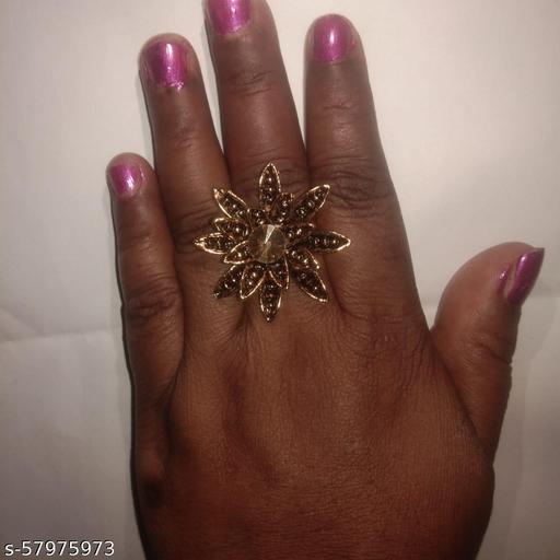 Stylish Woman Ring