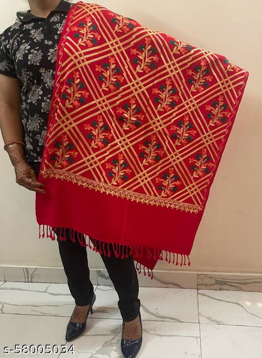 Embroidered Stole for women with Floral Pattern