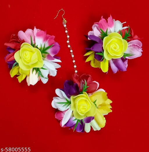 Flower jewellery mangtika with earing floral jewelry haldi jewellery bridal jewellery for women in haldi ceremony