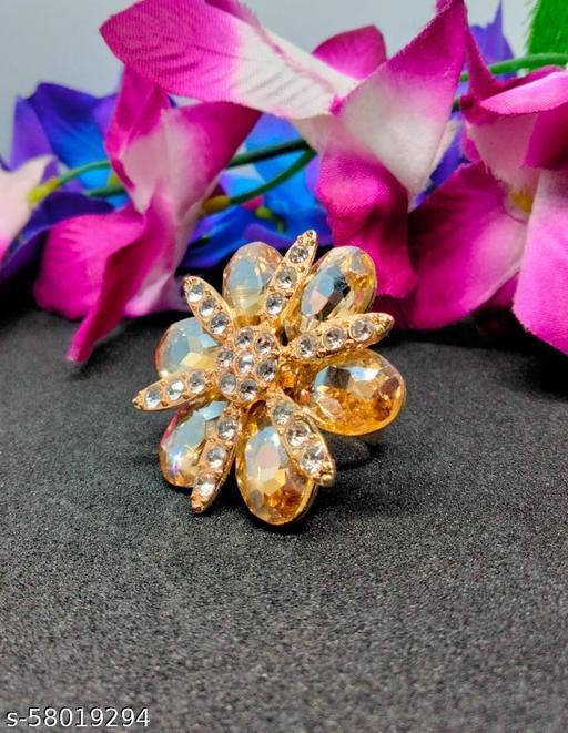 Gold shimmering Ring