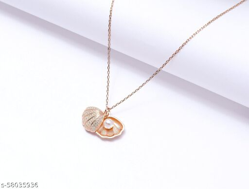 Sea shell pearl pendant with attractive rose gold chain for your classy beauty