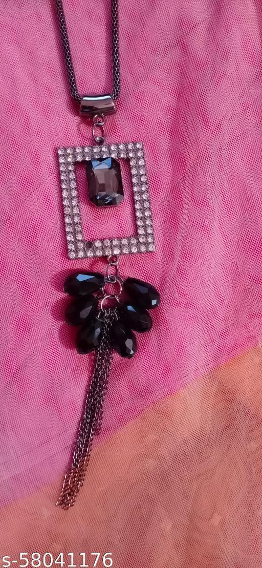 Black long shaped necklace