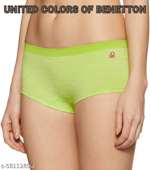 UNITED COLORS OF BENETTON BOY SHORTS