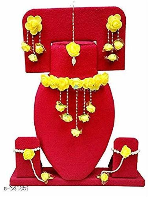 Stylish Floral Gota Patti Jewellery Set
