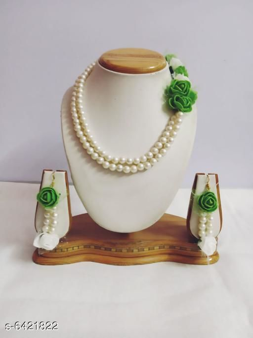Jewellery Set Fancy Handmade foam Flowers Jewellery Set  *Base Metal* Plastic Peral  *Sizing* Adjustable  *Type* Necklace and Earrings  *Multipack* 1  *Sizes Available* Free Size *    Catalog Name: Fancy Handmade foam Flowers Jewellery Set CatalogID_1021649 C77-SC1093 Code: 522-6421822-