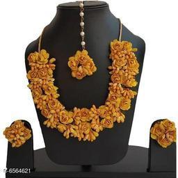 Trendy Stylish Artificial Flower Thread Women's Jewellery Set