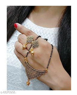 Trendy Women's Mangalsutras